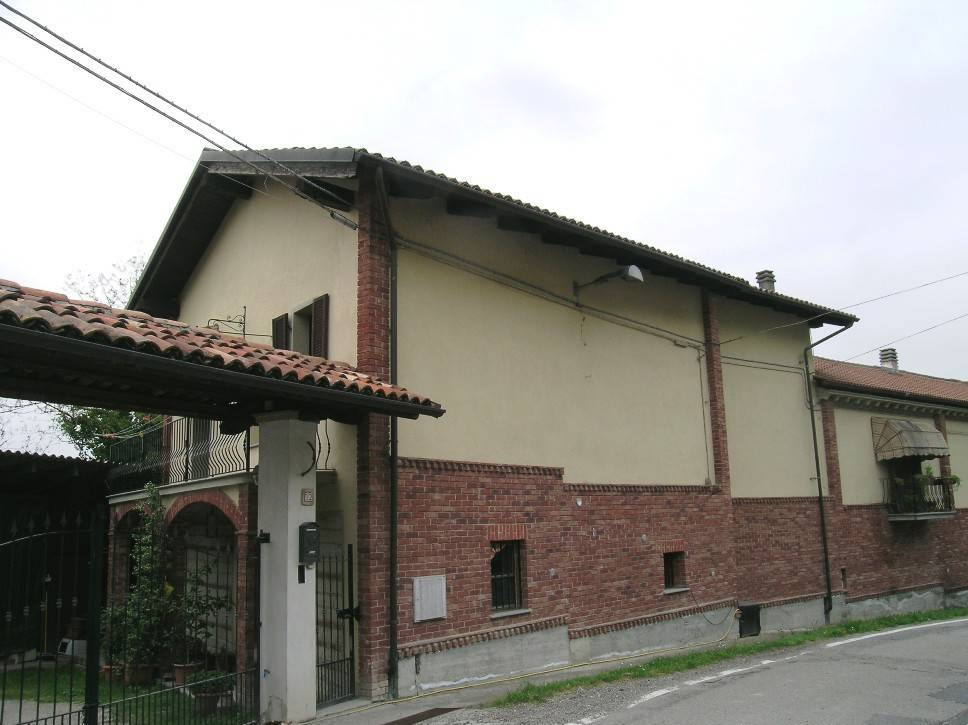 foto  Country house, excellent condition, 250 sq.m., Odalengo Piccolo