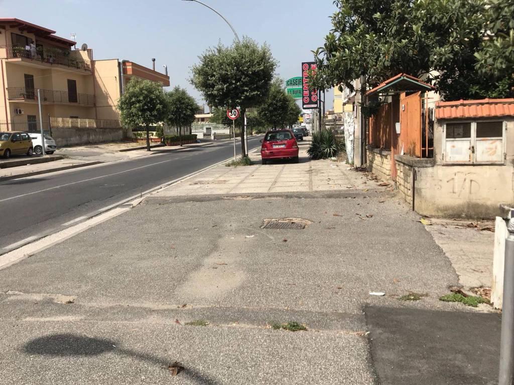 foto  Magazzino in Affitto a Villaricca
