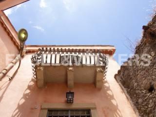 Foto - Palazzo / Stabile via Trento, Castiglione di Sicilia