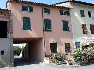 Foto - Casa indipendente 180 mq, buono stato, Tempagnano - Picciorana, Lucca