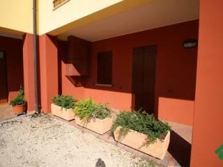 Foto - Bilocale piano terra, Roverbella