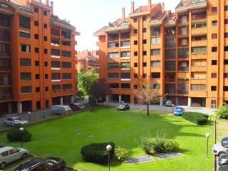 Case e appartamenti via fratelli fraschini Milano - Immobiliare.it