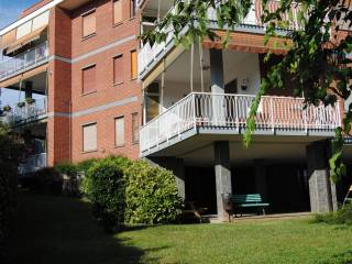 Foto - Quadrilocale Strada Belmonte 5, Moncalieri