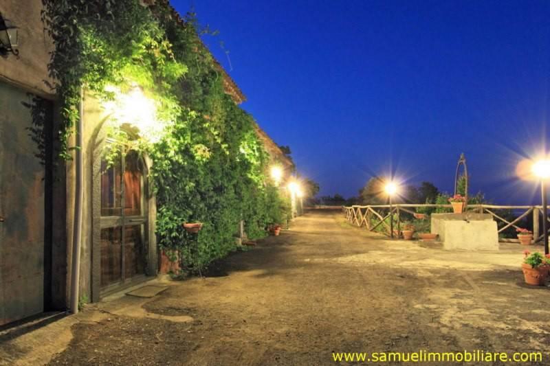 foto facciata Villa, ottimo stato, 260 mq, Mascali