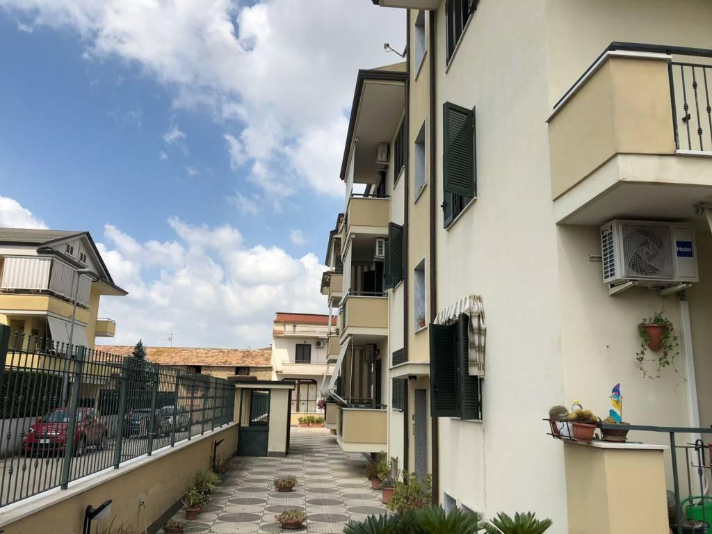 foto  3-room flat good condition, second floor, Macerata Campania