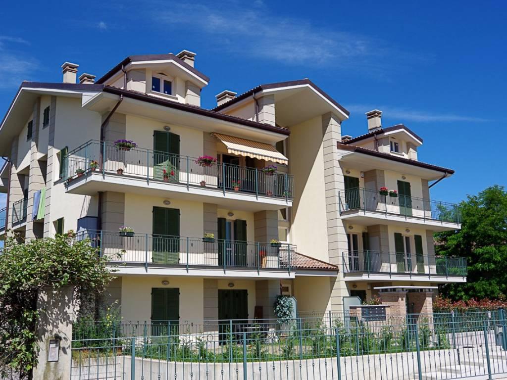 foto Esterno 2-room flat via Isolabella 41BIS, Poirino