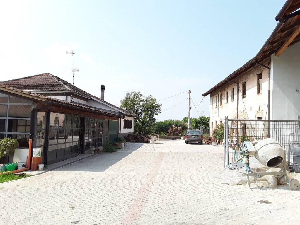 foto  Casa indipendente Strada Asti 20, Revigliasco d'Asti