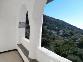 Foto - Appartamento via Principe Amedeo, Castellaro