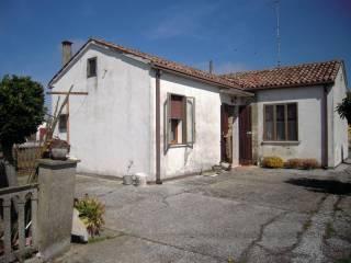Foto - Villa, da ristrutturare, 90 mq, Porto Tolle