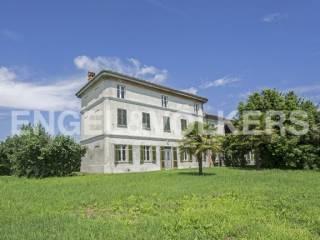 Foto - Palazzo / Stabile Strada Dovesio Mondelcà, Pergatti, Viarigi