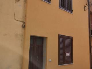 Foto - Monolocale via Giuseppe Garibaldi 46, Luras