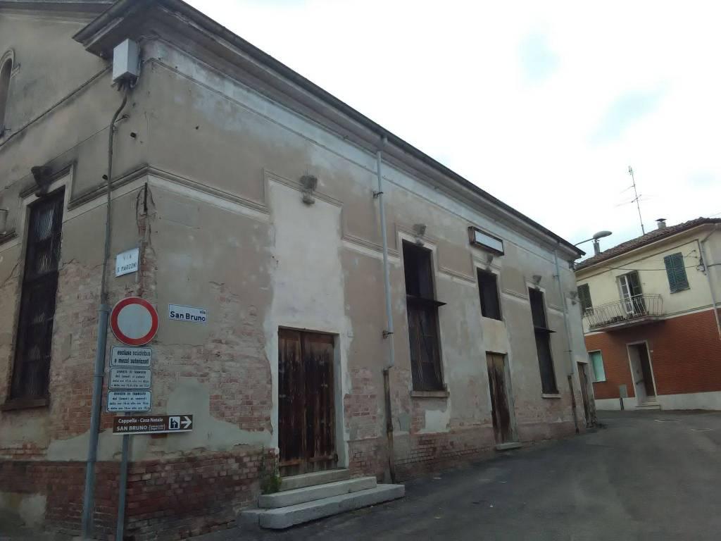 foto  Magazzino in Vendita a Solero