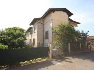 Foto - Villa via A  Luzzago 40, Bassano Bresciano