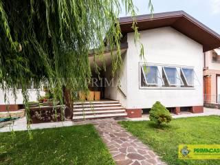 Foto - Villa via Giuseppe Verdi, Buttapietra