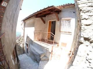 Foto - Bilocale via Santa Chiara, Roccantica