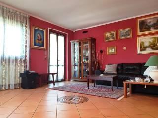 Foto - Villa via Giacomo Leopardi 16, Zelo Surrigone