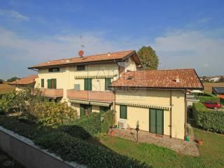 Foto - Trilocale via FRATI DALLA MENSA, Cassano d'Adda