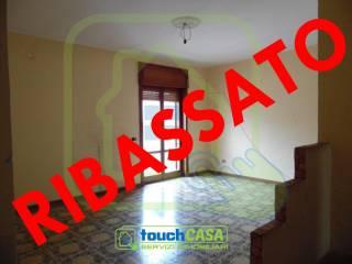 Foto - Quadrilocale buono stato, terzo piano, Aversa