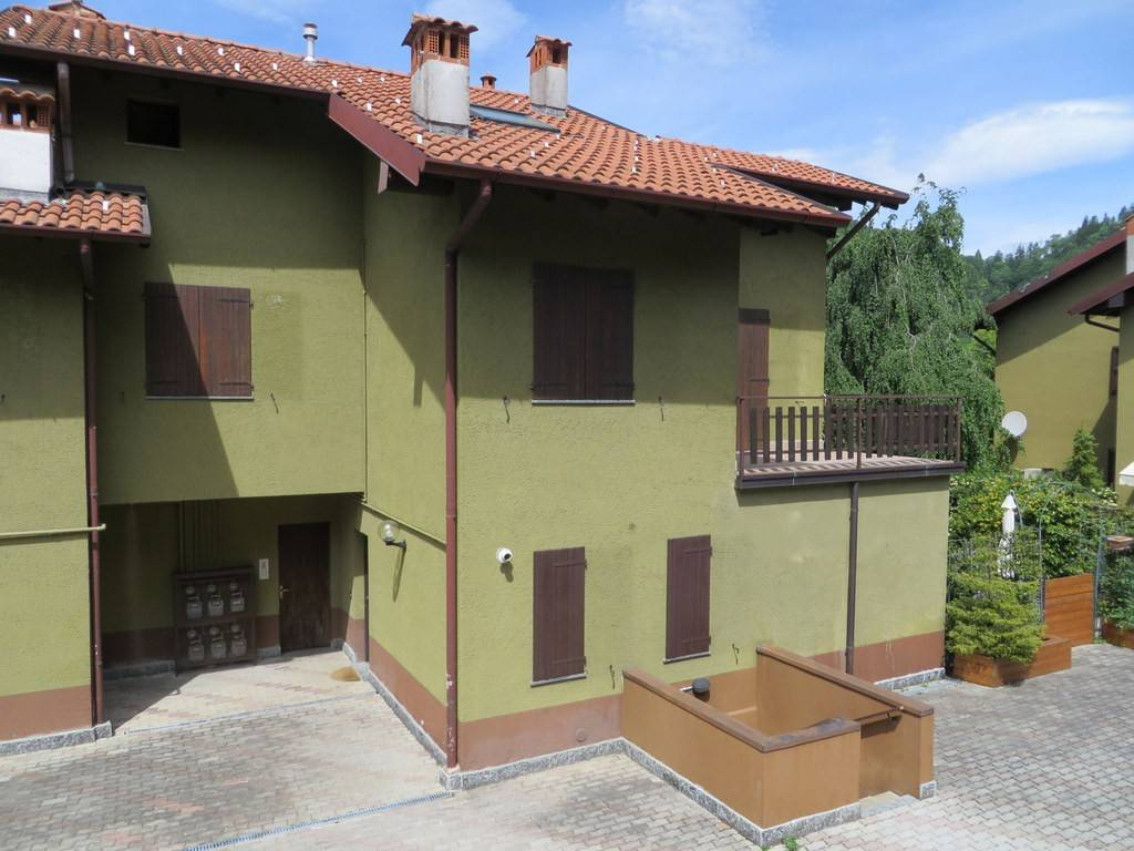 foto  2-room flat good condition, first floor, Magreglio