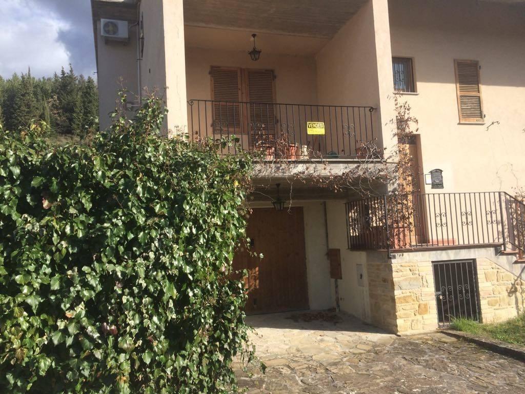 foto  Villetta a schiera via Mariana da Frontillo 11, Valfornace