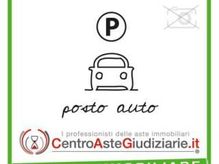Foto - Box / Garage all'asta via Cantoni 35, Castellanza