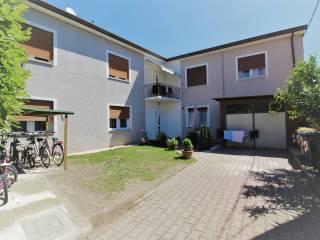 Foto - Casa indipendente 237 mq, buono stato, Travettore, Rosà