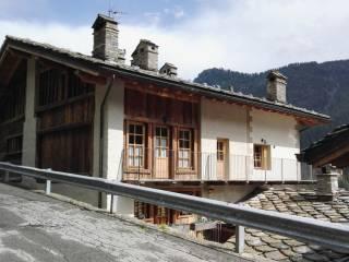 Foto - Quadrilocale frazione Ronchas 1, Champorcher