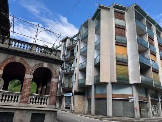 Foto - Quadrilocale piazza Ugo Foscolo 5, Inverigo