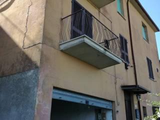 Foto - Quadrilocale viale Martiri della Resistenza 9, Monte Colognola, Magione