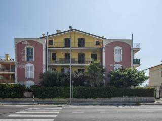 Foto - Trilocale via Alvata, Potenza Picena