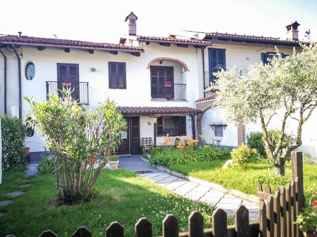 foto  Villa a schiera via Tourvilla 7, Fossano