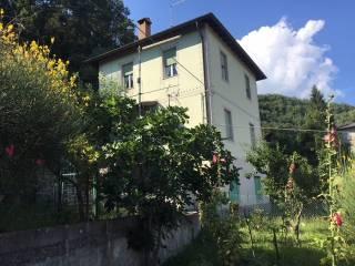 Foto - Villa plurifamiliare via Case Stocchi 3, Ranzano, Palanzano