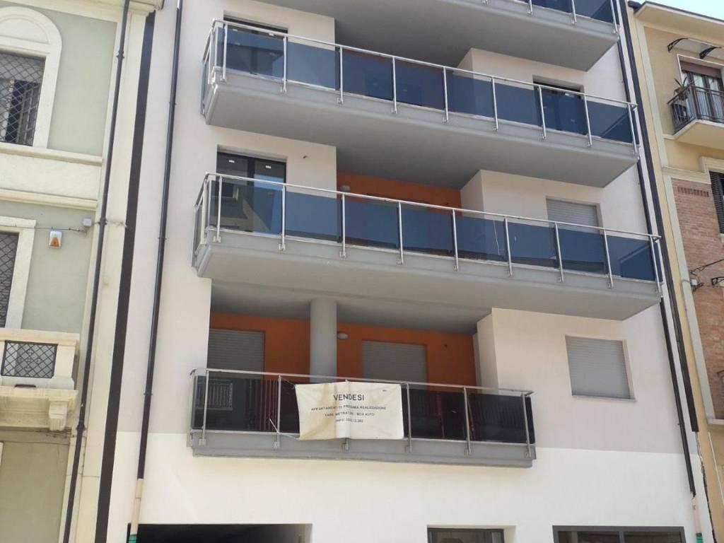 foto facciata principale Appartamento via Bianzè 31, Torino