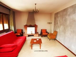 Foto - Appartamento via Vangile 85E, Massa e Cozzile
