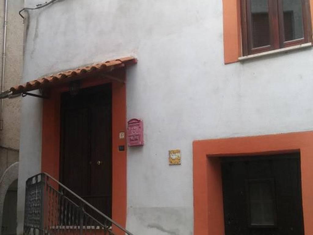 foto  Detached house 160 sq.m., excellent condition, Marzano Appio