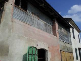Foto - Rustico / Casale, da ristrutturare, 120 mq, Alseno