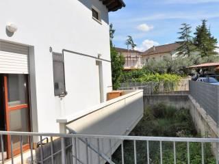 Foto - Casa indipendente via Gran Sasso, Cepagatti