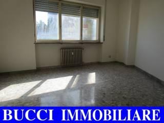 Foto - Quadrilocale via Caduta del Forte, Via Venezia - Lungofiume Paolucci, Pescara