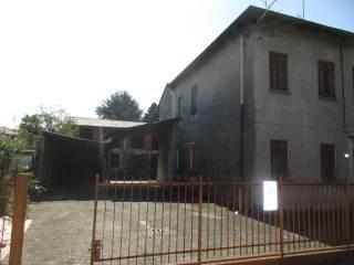 Foto - Casa indipendente via Galileo Galilei, Cavaria con Premezzo