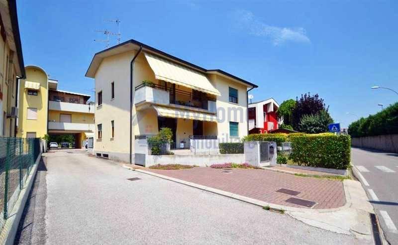 foto 1.jpg Quadrilocale via corso Matteotti, Montecchio Maggiore