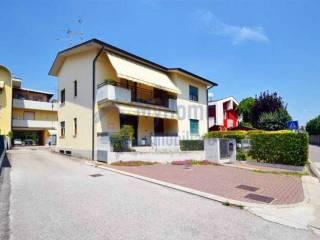Foto - Quadrilocale via corso Matteotti, Montecchio Maggiore