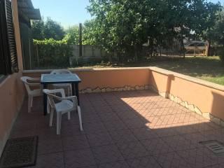 Foto - Bilocale via Santa Procula 8, Pomezia