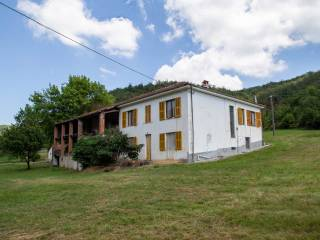 Foto - Rustico / Casale Località Tavola, Dego