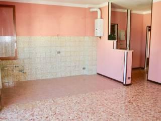 Foto - Trilocale buono stato, terzo piano, Romentino