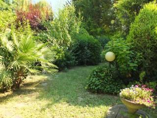 Foto - Casa indipendente 250 mq, buono stato, Colle Ardizio, Pesaro
