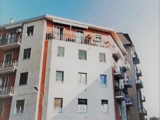 Foto - Bilocale via Sant'Adele 39, Corsico