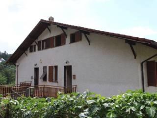 Foto - Appartamento via Vittorio Veneto 5, Savignone