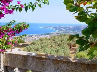 Foto - Villa, buono stato, 300 mq, Montepaone