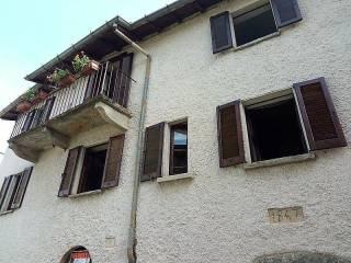 Foto - Rustico / Casale via Giuseppe Garibaldi 16, Valganna