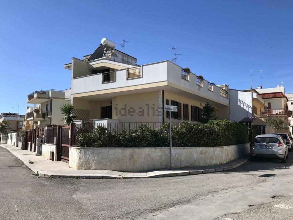 foto  Villa via Estramurale, Binetto